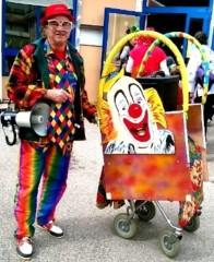 Charrette clown sonorisé micro école